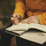 Menulis Naskah, Mending Spontan atau Pakai Outline?