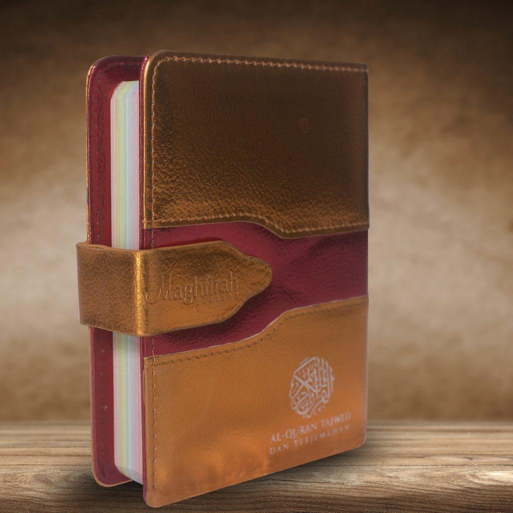 Ar-Razzaaq Qur'an Tajwid Warna & Terjemah (orange)